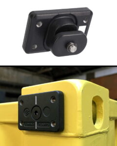 container-domino-clamp