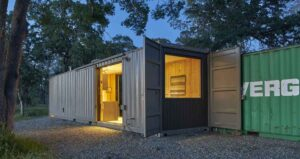 remote-california-container-cabin